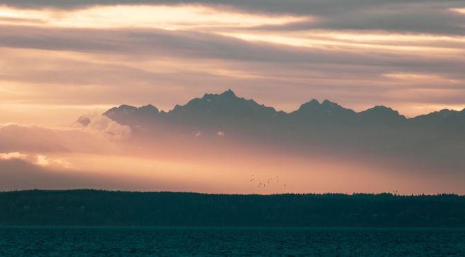 Olympic Mountain Sunset - Stephen Kraakmo on Unsplash.com